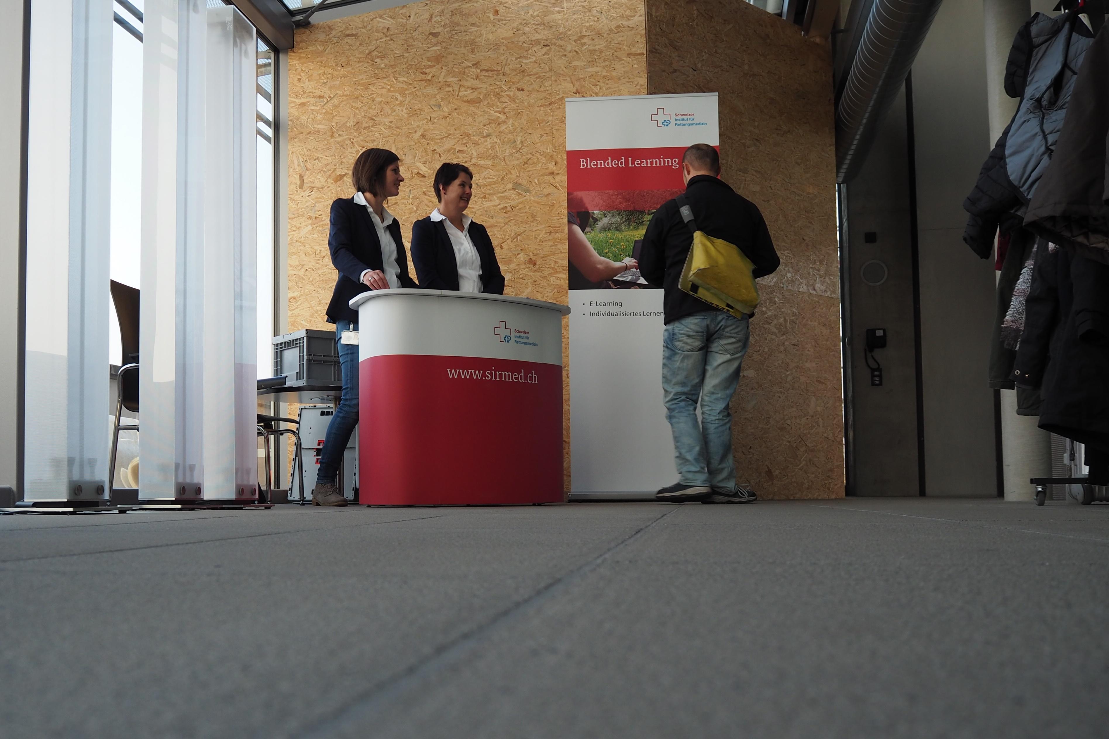 Sirmed - Symposium Retten und Lernen - Stände und Informationen