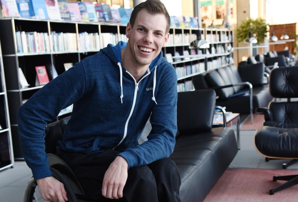Samuel Kasper lässt sich auch als Rollstuhlfahrer vor nichts abhalten