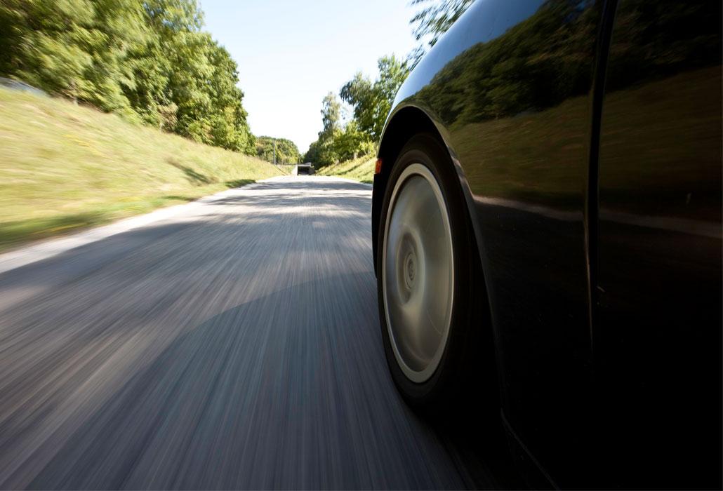 Unfallursachen-Querschnittlaehmung-Schweizer-Paraplegiker-Stiftung-Verkehr-Autounfall