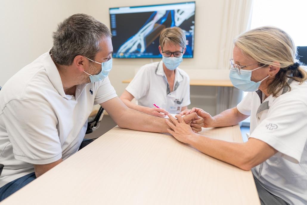Hand- und Tetrahandchirurgie
