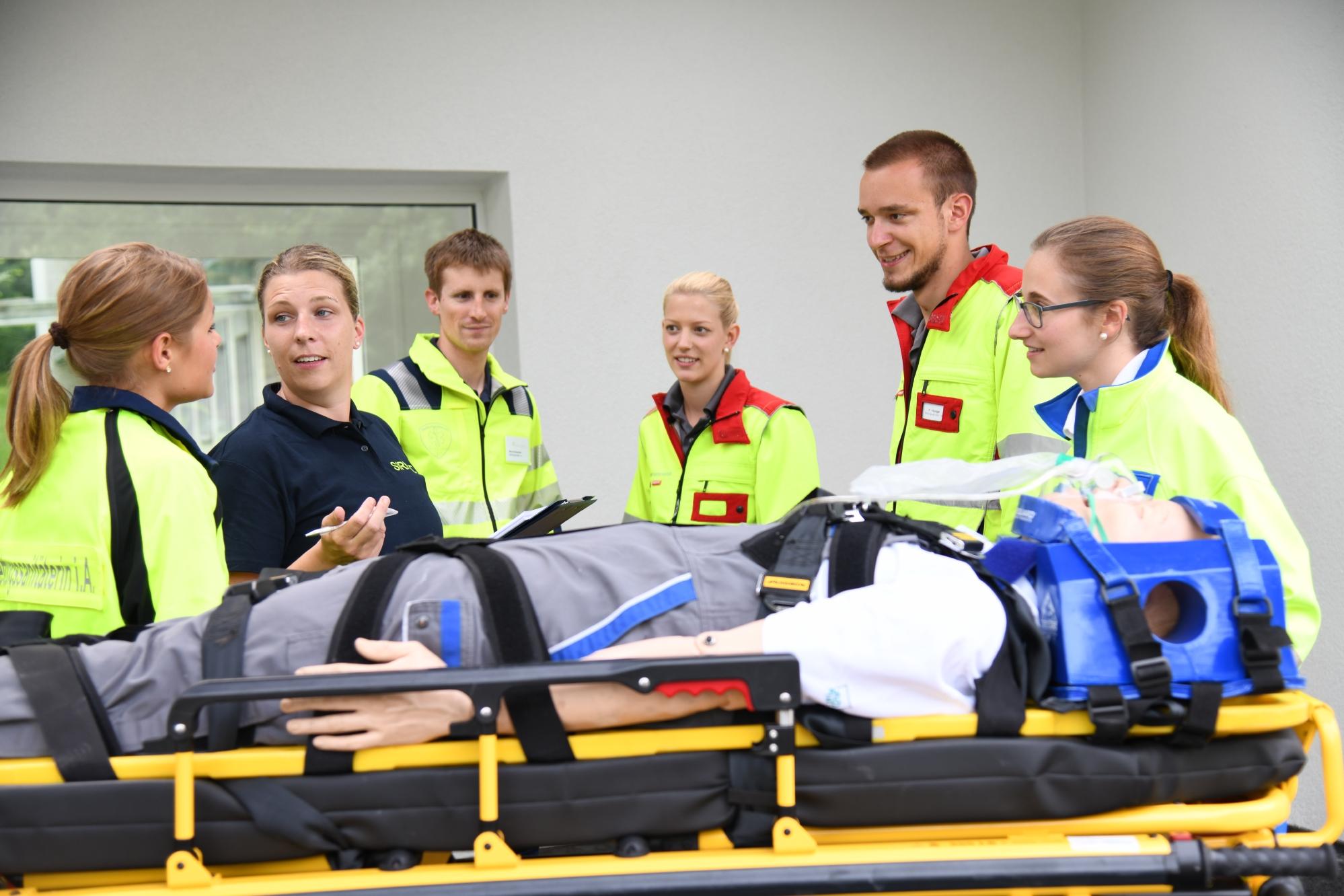 Berufsbildnerin im Rettungsdienst