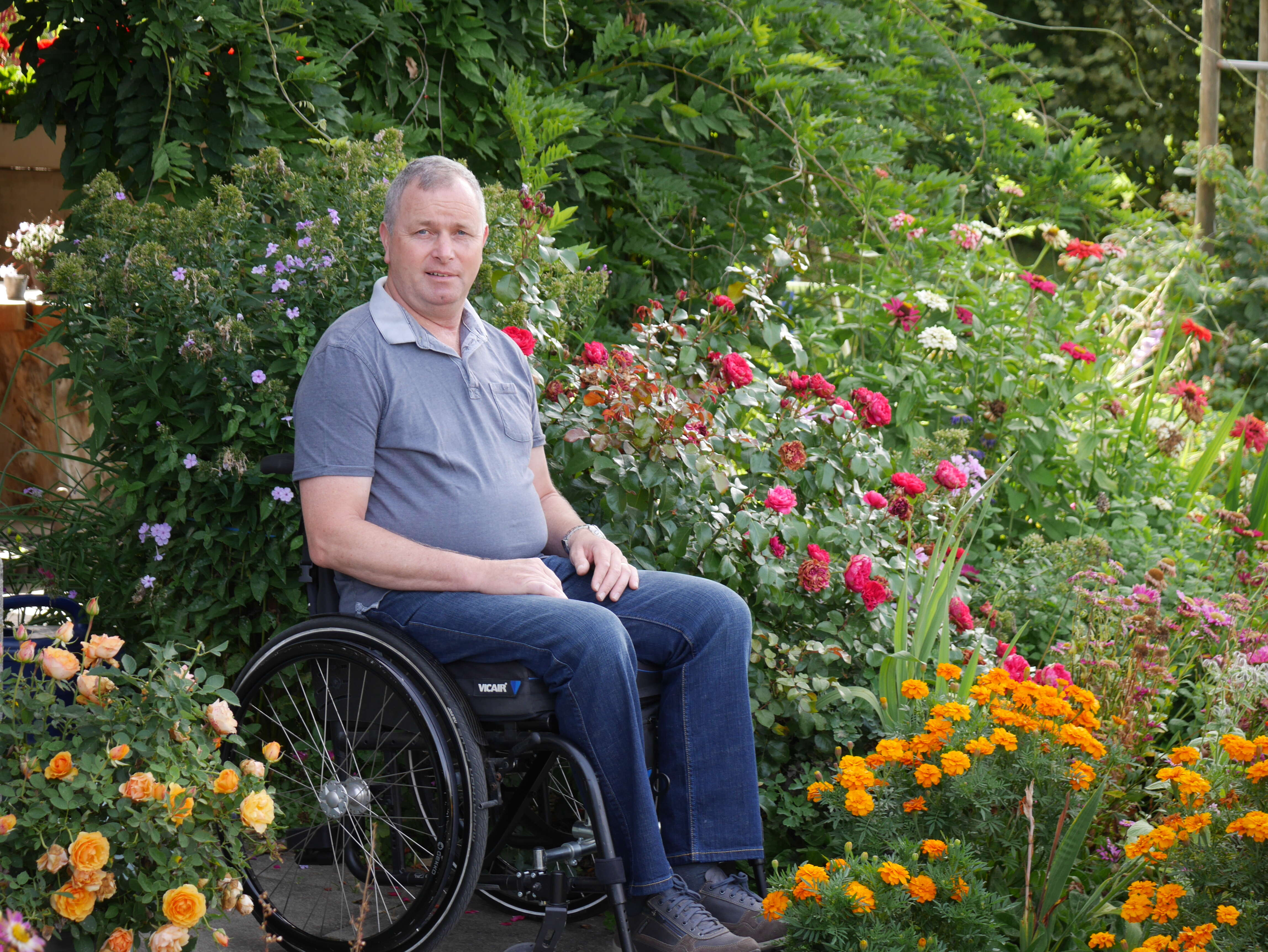 Peter Hofstetter im Rollstuhl