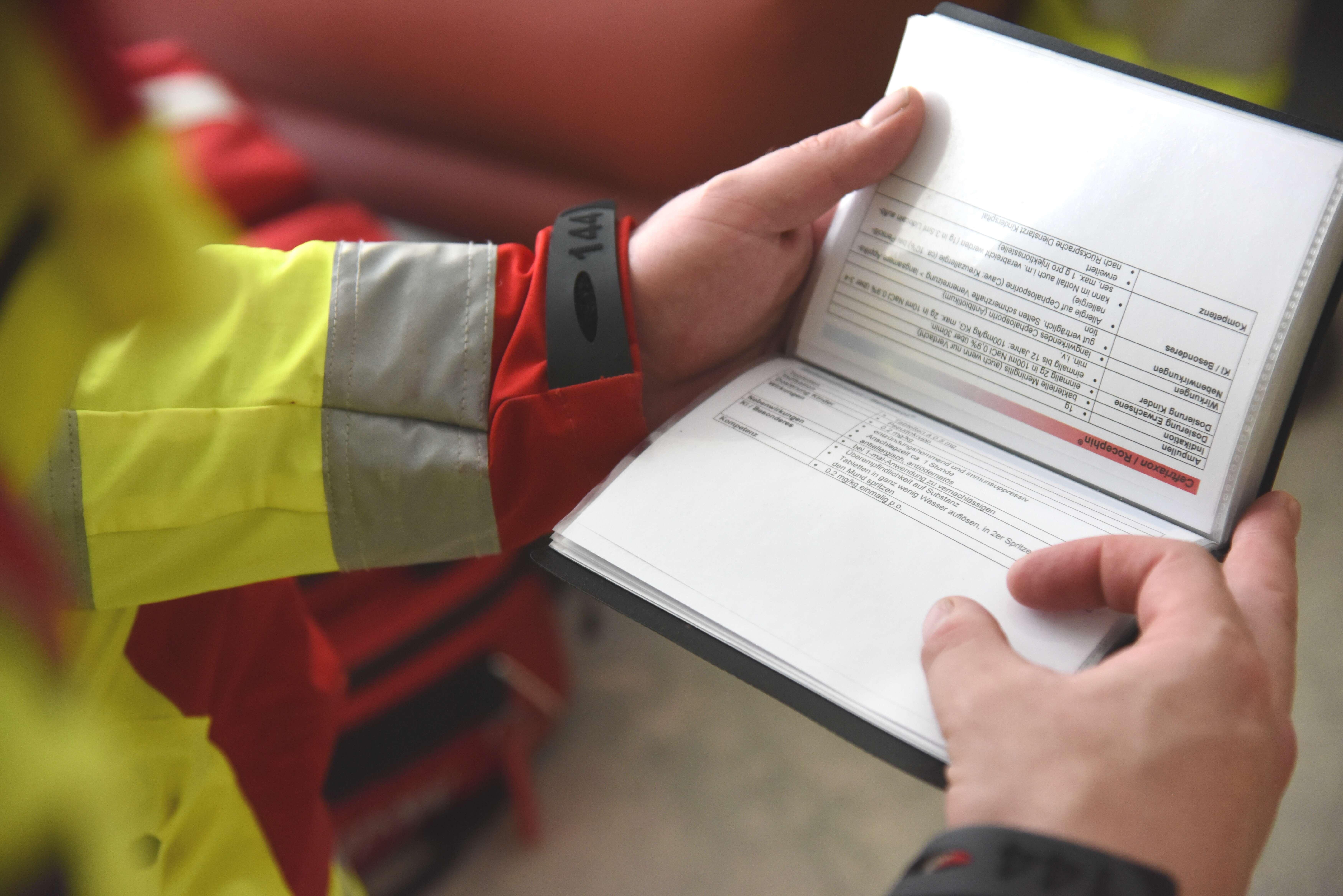 Sirmed Berufsausbildung für Transportsanitäter 5608