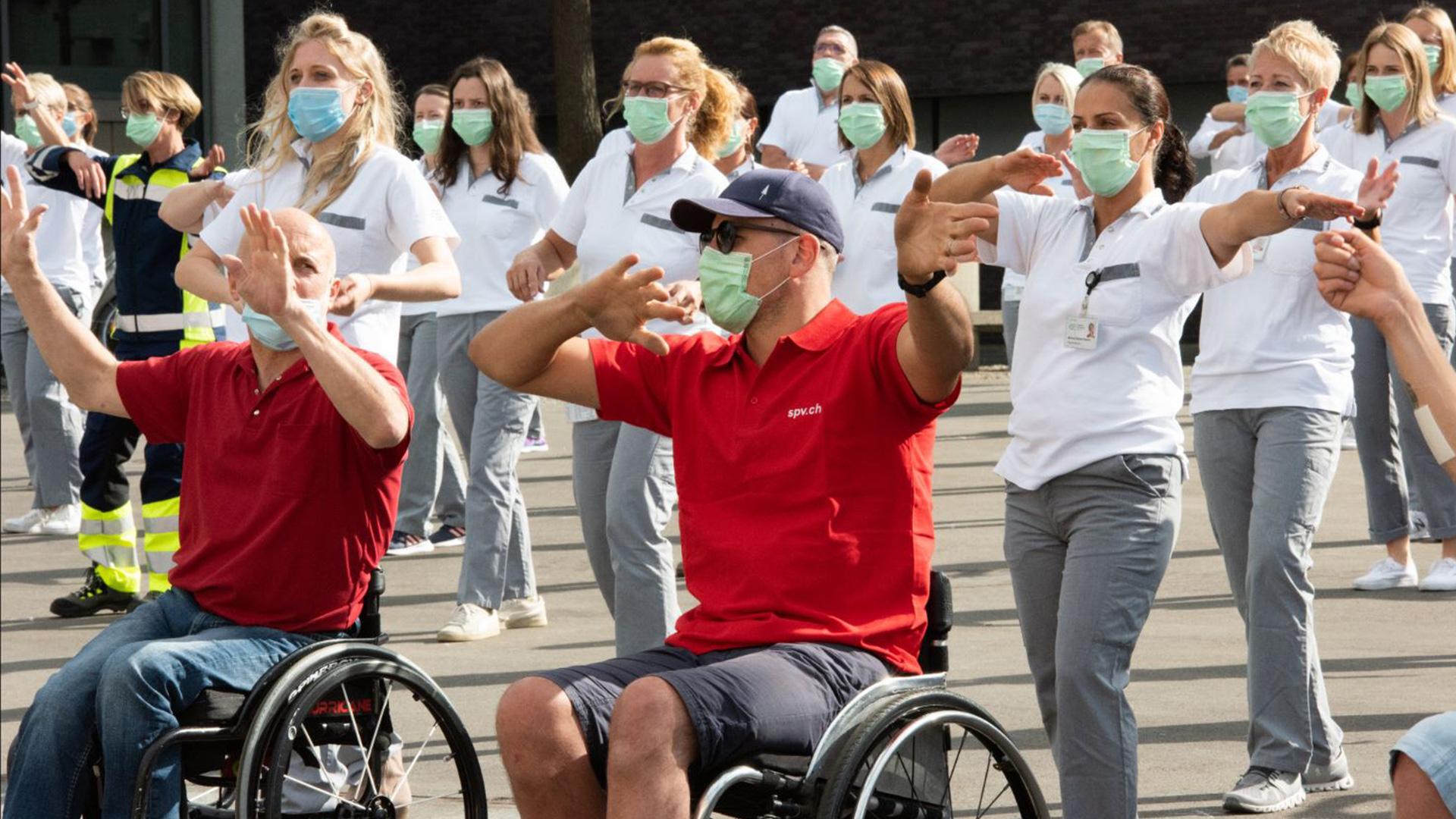 Die Schweizer Paraplegiker-Gruppe macht mit beim Jerusalema Challenge