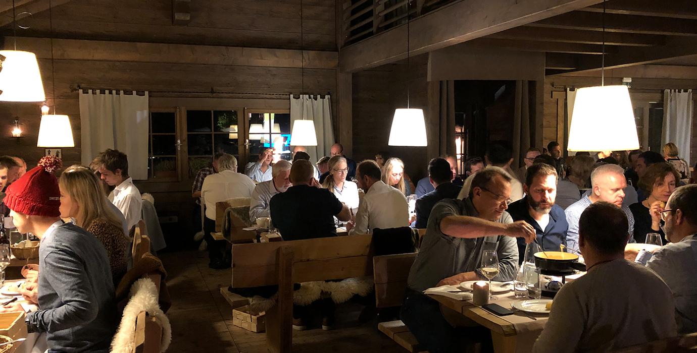 Schweizer Abend im Chalet