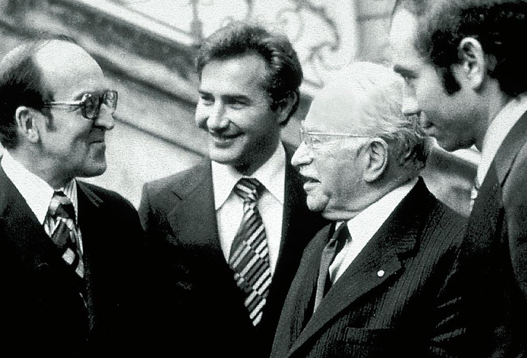 Gründungsfeier SPS: von links: Bundesrat Kurt Furgler, Guido A. Zäch, Sir Ludwig Guttmann, Walter Seiler