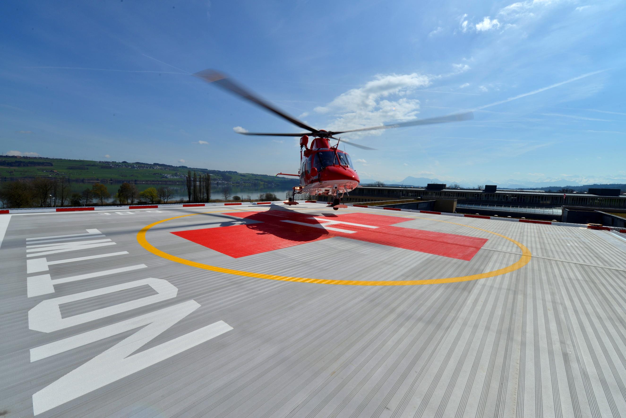 Helikopteranflüge Schweizer Paraplegiker-Zentrum Nottwil