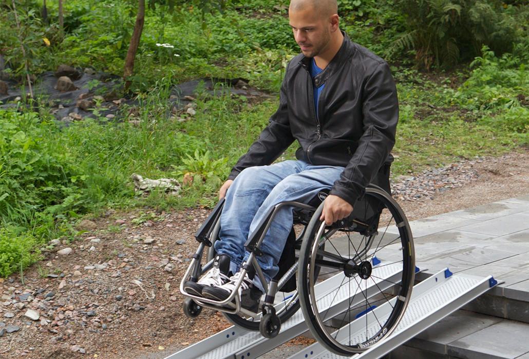 Orthotec Fahrzeugumbau Fahrzeugrampen portable Auffahrschienen
