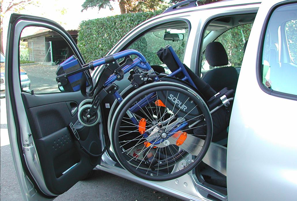 Orthotec Fahrzeugumbau Rollstuhl verladen Einladevorrichtung