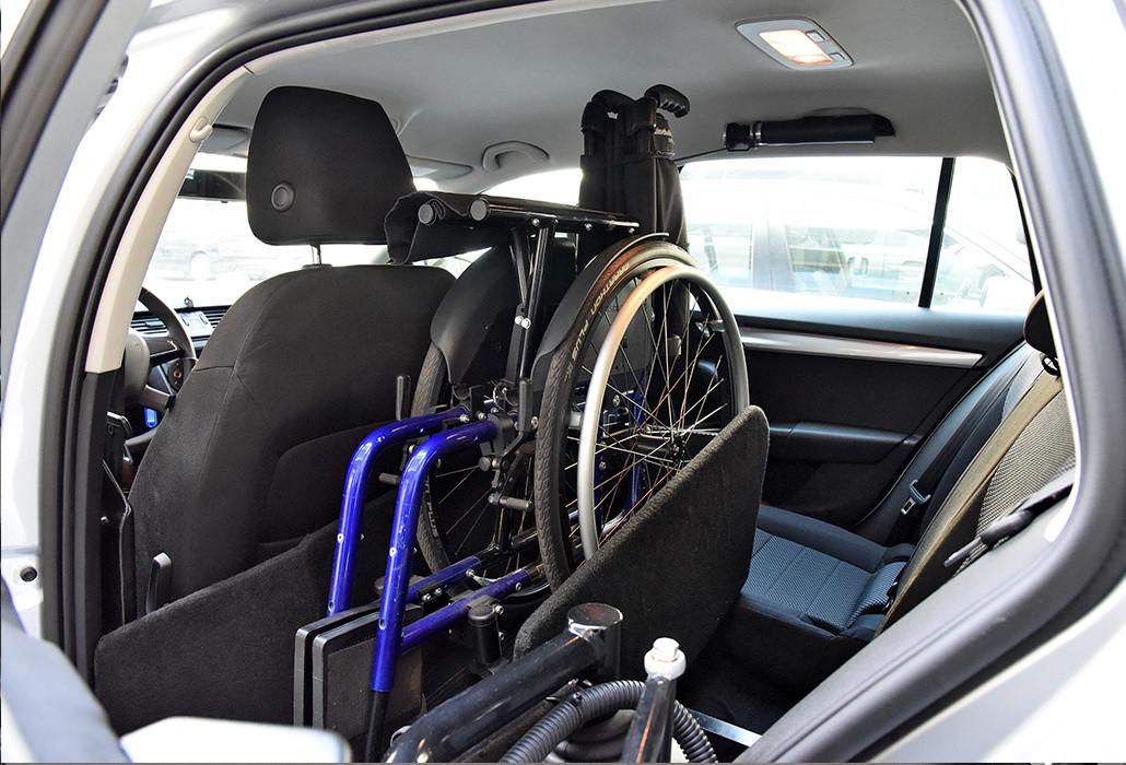 Orthotec Fahrzeugumbau Rollstuhl verladen Rollstuhlführung