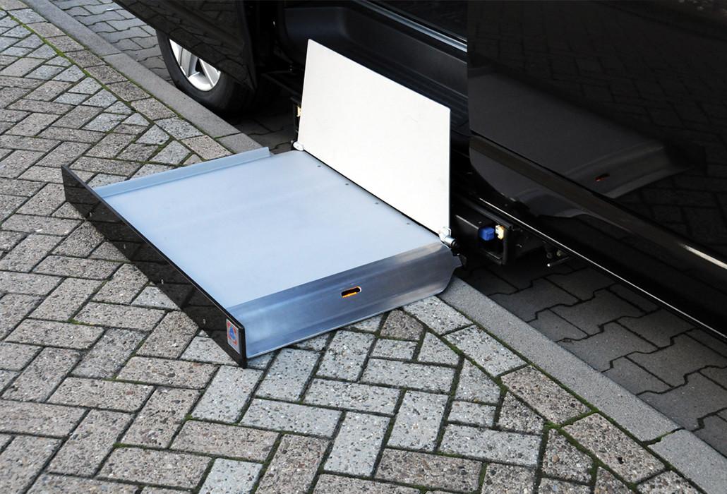 Orthotec Fahrzeugumbau Rollstuhllifte Kassettenlift K90 Aktiv