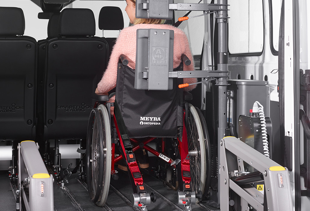 Orthotec Fahrzeugumbau Rollstuhlsicherung Personensicherung Futursafe