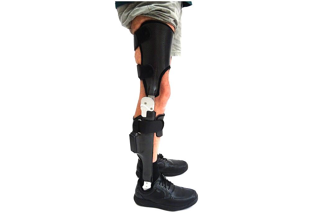 Orthotec Orthopädietechnik Orthesen Oberschenkelorthesen Massanfertigung Neuro-Tronic Gelenk