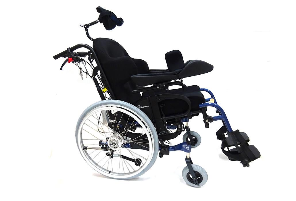 Orthotec Orthopädietechnik Sitzhilfen Sitz- und Rückenbettung Massanfertigung hoch Pflegerollstuhl