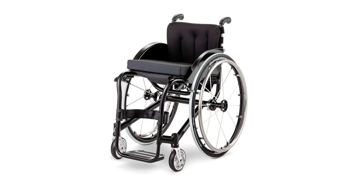 Orthotec Rehabilitationstechnik Aktiv-Rollstuhl Meyra Hurricane Alltag