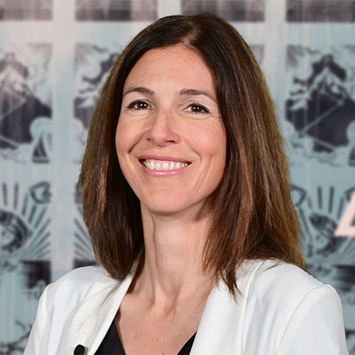 Portraitbild Orthotec Verwaltungsrätin Nadia Münzel
