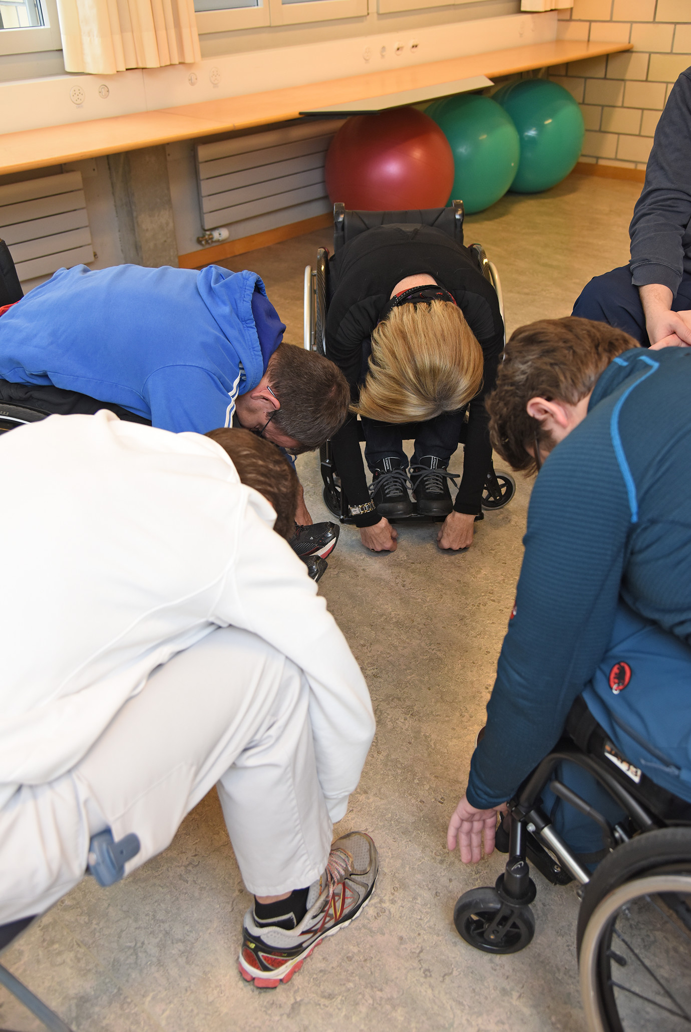 Schmerzbewältigungsgruppe für Rollstuhlfahrer