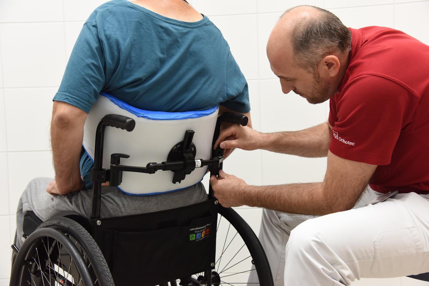 Rollstuhl-Sitz-Zentrum Anpassung Rücken