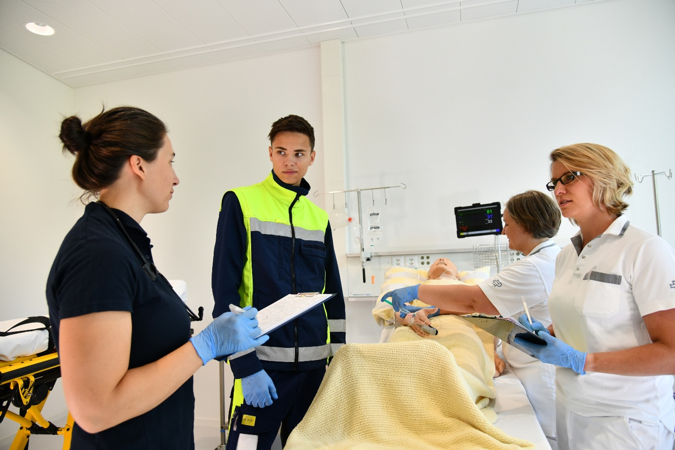 Übung Patientenübergabe Sirmed SimCenter