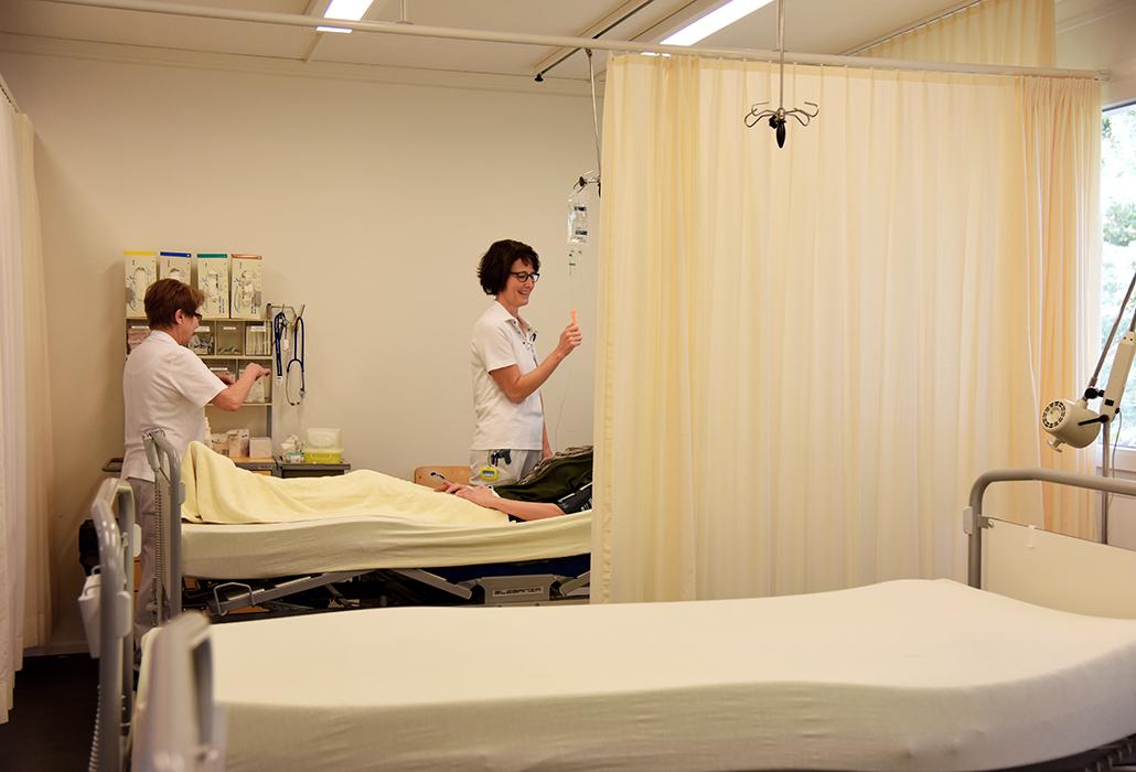 Infusion zur Schmerzbehandlung im Zentrum für Schmerzemedizin